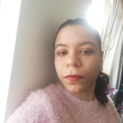 Felicia zoekt een Studio / Appartement / Kamer in Wageningen
